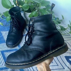 DOC MARTENS 1460 Smooth Black Combat Boot 11